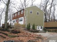 74 Nissequogueriver Rd Smithtown NY, 11787