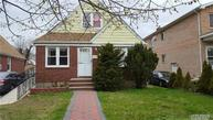 91-10 222nd St Queens Village NY, 11428