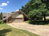 704 Twin Lakes Drive Seminole OK, 74868