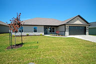 3707 Flatwater Dr Columbia MO, 65202