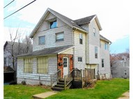 602 Sharon St Akron OH, 44314