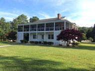 762 Hunts Road Port Haywood VA, 23138