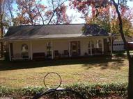2203 Town & Country Street Mountain View AR, 72560