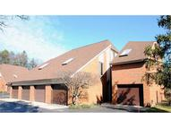 4705 Mayfield Rd Unit: E South Euclid OH, 44121