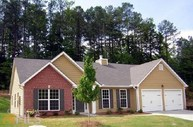 5667 Valley Loop Fairburn GA, 30213