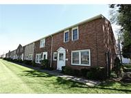 24660 Clareshire Dr Unit: 1b North Olmsted OH, 44070