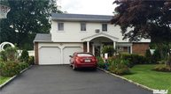 15 Chelmsford Dr Wheatley Heights NY, 11798