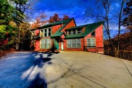 335 Pinnacle Drive Gatlinburg TN, 37738