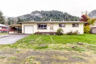 47688 Beaver Street Oakridge OR, 97463