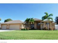 904 Se 32nd St Cape Coral FL, 33904