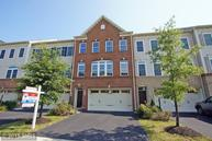 42530 Pine Forest Drive Chantilly VA, 20152