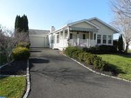 220 Dove Ct New Hope PA, 18938