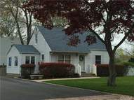 17 Eastover Rd Sayville NY, 11782