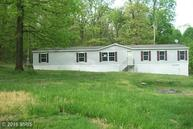 447 Pin Oak Pike Paw Paw WV, 25434
