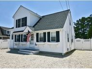 22 E Mermaid Ln (88th) Long Beach Township NJ, 08008