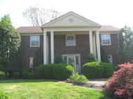2907 Falmouth Dr Louisville KY, 40205