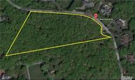 21 W View Dr Oyster Bay NY, 11771