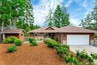 141 E. Vine Maple Lane Union WA, 98592