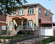 83-36 258th St Floral Park NY, 11004