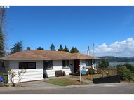 532 State North Bend OR, 97459