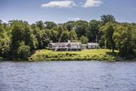 32 Hemlock Drive Essex CT, 06426