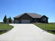 728 E. Briarwood Lane North Platte NE, 69101