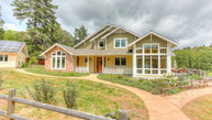 10825 W Evans Creek Rogue River OR, 97537
