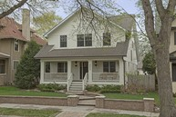 2413 Humboldt Avenue S Minneapolis MN, 55405