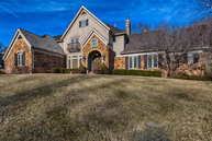 570 Morel Ct Saint Albans MO, 63073