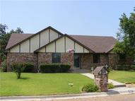 317 Ashland Court Gainesville TX, 76240
