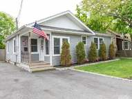 22 Hill St Blue Point NY, 11715