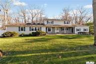 18 Concord Dr Northport NY, 11768