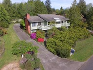 810 Pioneer Dr Port Ludlow WA, 98365