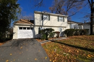 22 Belmont Dr Livingston NJ, 07039
