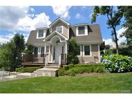 24 Glassbury Court Mount Kisco NY, 10549