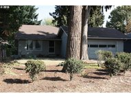 321 S 34th St Springfield OR, 97478