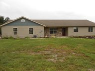 1504 County Road 1223 Moberly MO, 65270