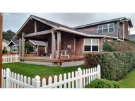 139 W Chisana St Cannon Beach OR, 97110