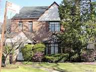 108-17 66th Rd Forest Hills NY, 11375