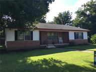 303 N Ave C Haskell TX, 79521