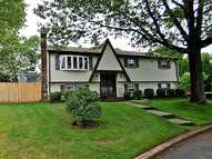 57 Wendy Wy West Warwick RI, 02893