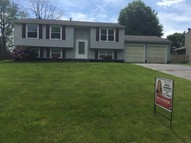 1223 Woodledge Dr Mineral Ridge OH, 44440