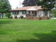711 Armstrong Ave Howards Grove WI, 53083