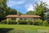 448 Country Club Lane Blowing Rock NC, 28605