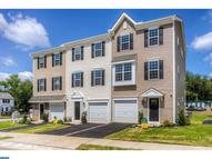 6d Faraday Ct Morton PA, 19070