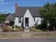 225 9th St Springfield OR, 97477
