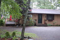 125 Highland Lane Lords Valley PA, 18428