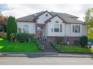 1851 Ne 19th Ave Canby OR, 97013