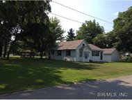 204 South Walnut Street Freeburg IL, 62243