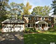 9 Highwoods Ct Saint James NY, 11780